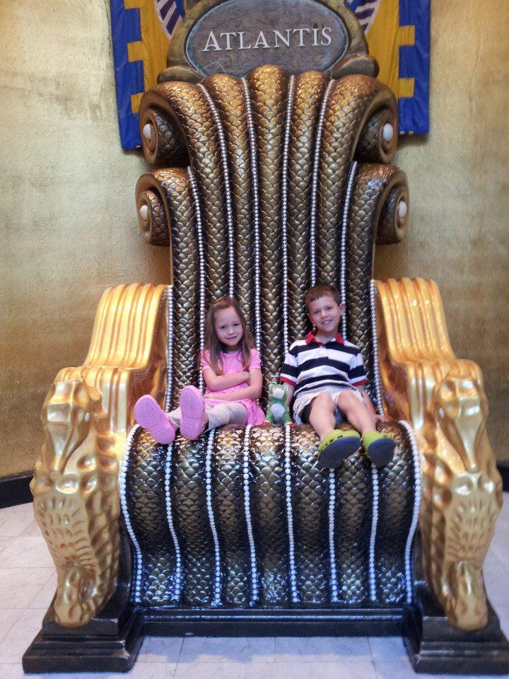 The big chair at Atlantis in the Bahamas